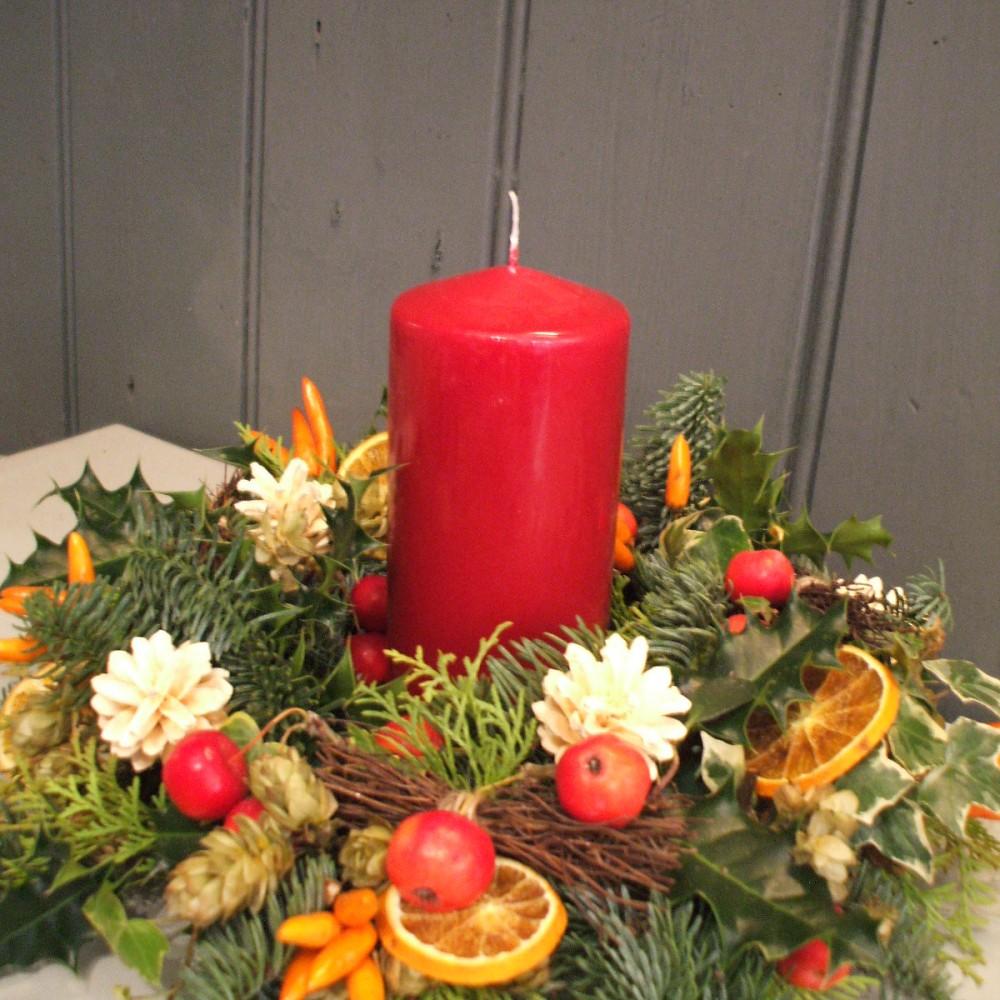 Christmas Table Arrangements